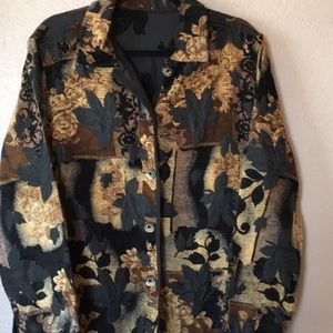 Jacket with leaves
